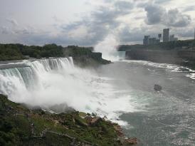 Niagara gündüz.jpg