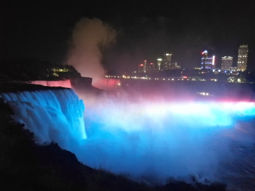 Niagara Gece